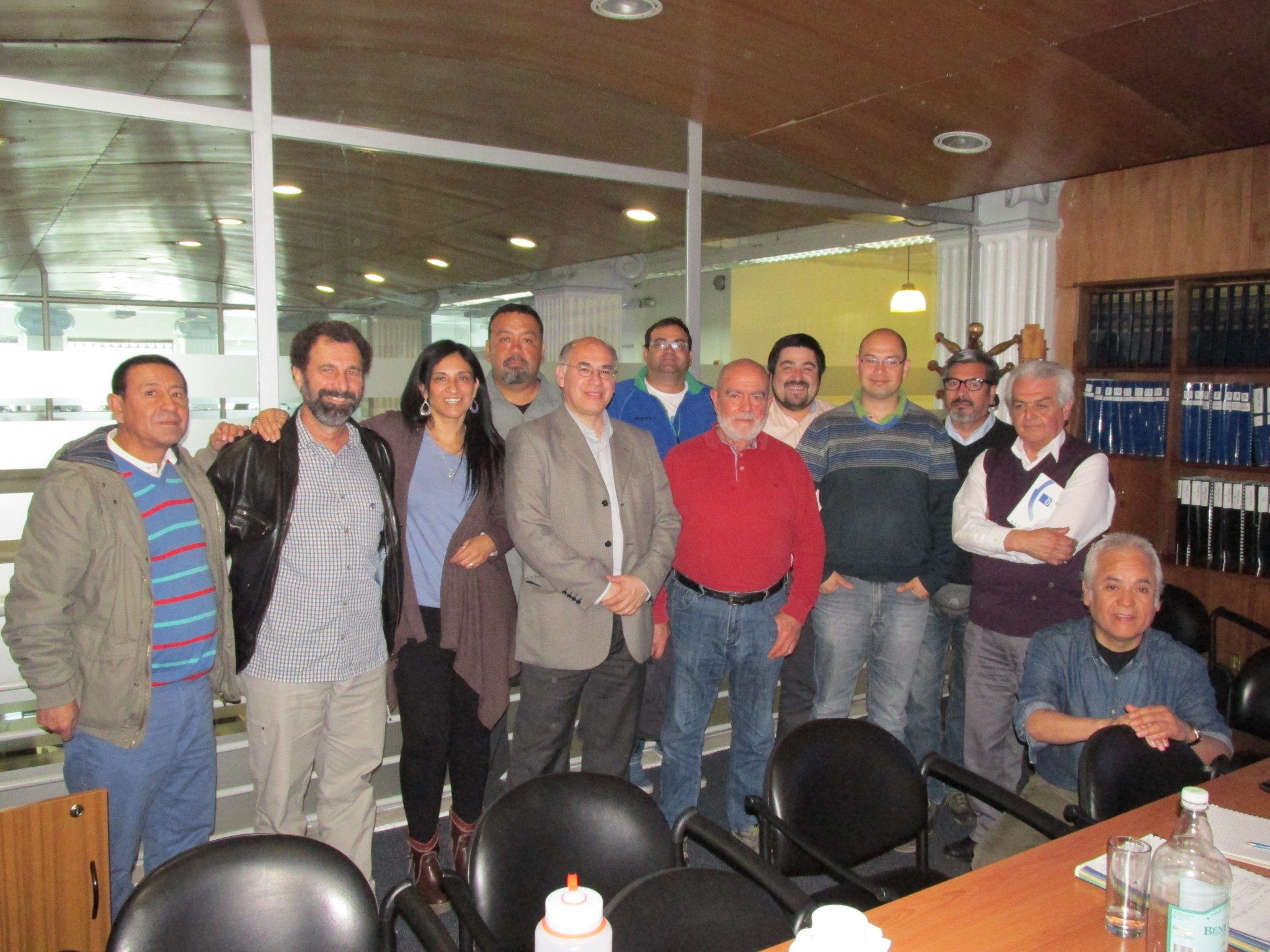 Expert in turtles from NOAA in the United States meets with professionals of the IFOP