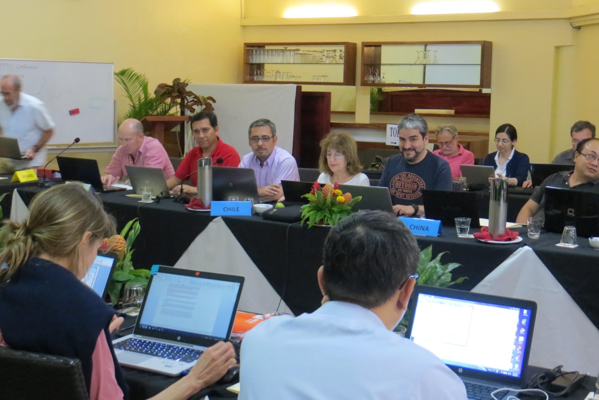 Comité científico de la ORP del Pacífico Sur recomendó mantener la cuota de jurel para 2016