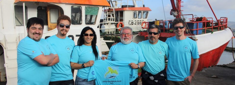 Chilean experts perform shark satellite tagging Juan Fernandez archipelago