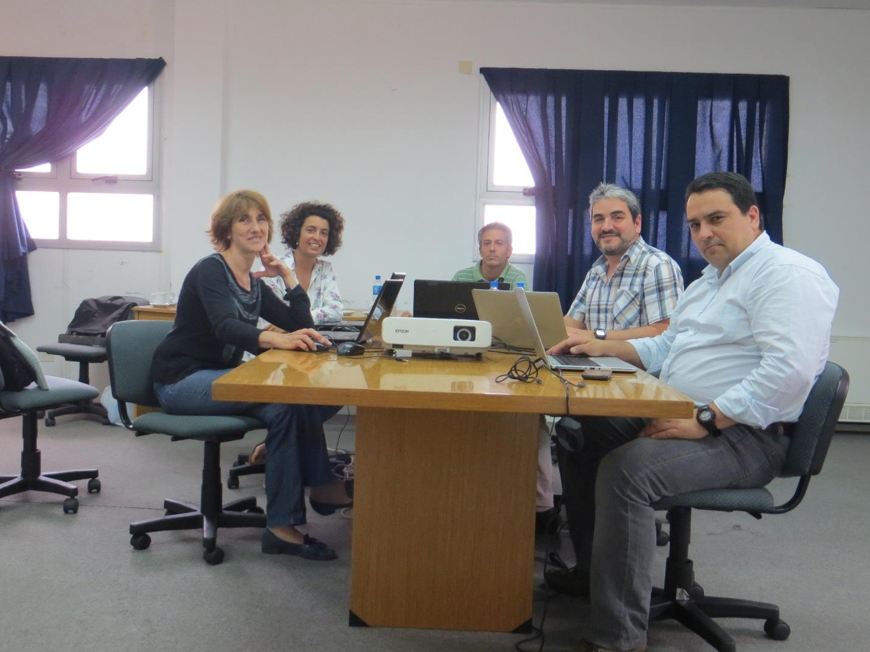 """Institutos de investigación pesqueros de Chile (IFOP)  y Argentina (INIDEP)  realizan """"Primer taller de índices de abundancia de merluza de cola y merluza de tres aletas/polaca"""""""