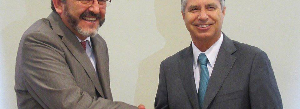 INACAP Valparaíso firma convenio con el Instituto de Fomento Pesquero IFOP