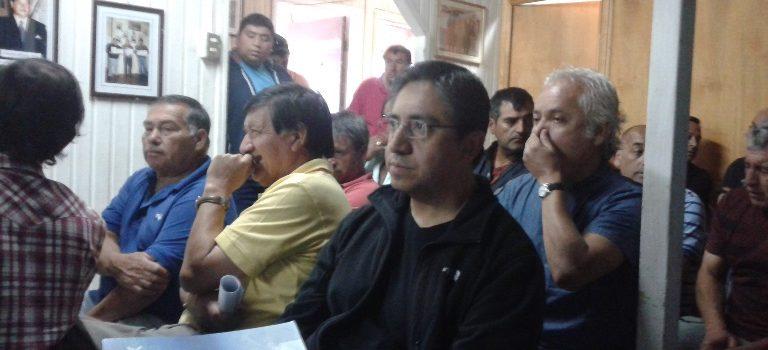 Proyecto Descarte de IFOP realiza ciclo de reuniones con los pescadores artesanales, jefes y capitanes de la flota industrial