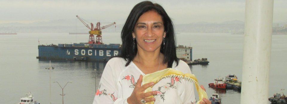 Nombran a investigadora chilena en selecto grupo internacional de estudio de tiburones