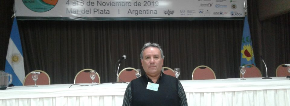 Researcher Jorge Sateler exhibits at the Marine SciencesLatin American Congress